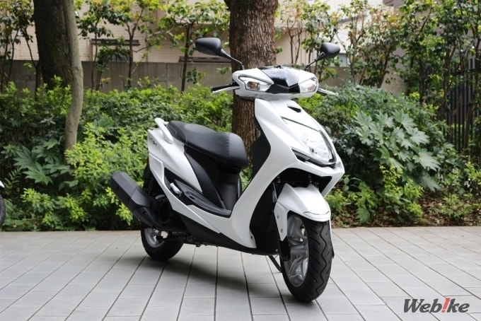 【シグナスX SR 徹底インプレ】快適、そして格好良い。スポーティーな走りを楽しめるスクーター