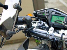 いまやバイクの必須装備「USB電源」を装着しよう!