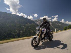 【新車】BMW、新型「R 1250 R/RS」を8/23に発売 新開発のボクサー・エンジンを搭載