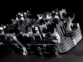 カワサキ、Z2 / Z1のシリンダーヘッドを販売開始