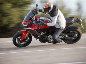 【BMW新型「F900XR」海外試乗インプレ速報】タフな道ほど実力発揮!疲れ知らずの足長スポーツだ