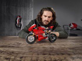 ドゥカティ・パニガーレV4 R LEGOが6月に登場