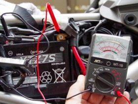 冬メンテの定番! バッテリーの電圧を管理しよう!