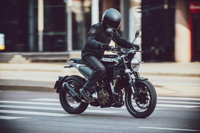 バイク ハスクバーナ