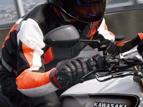 フルオーダーだってできる!ジニアスが手掛ける純国産バイクグローブ【WMS2021】